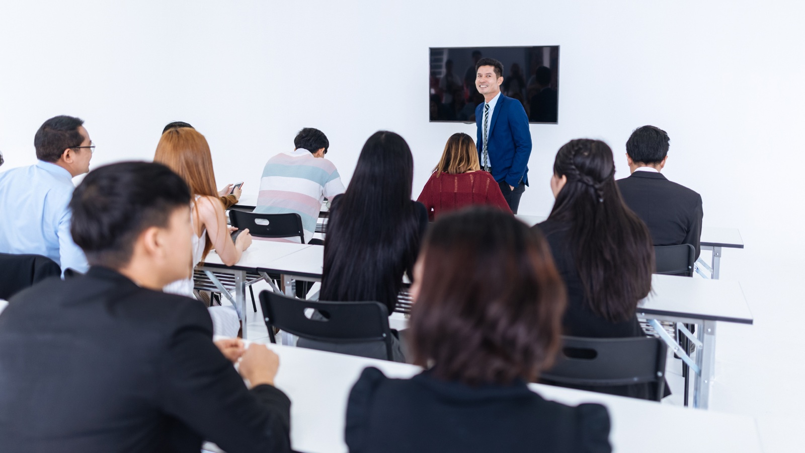 Important Skills of a Trainer by Businessmaker Academy + HR Club Philippines